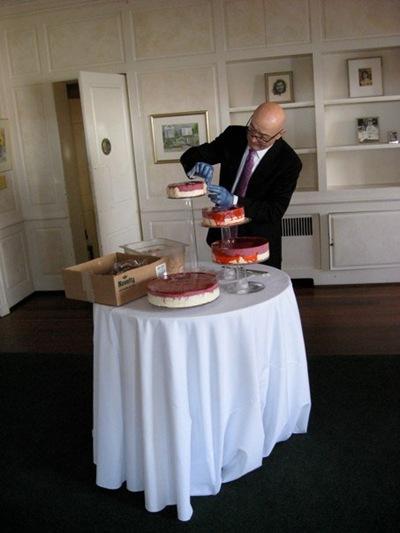 henri and the cake