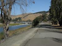 Alameda Crk Bike Trail Loop 182.JPG