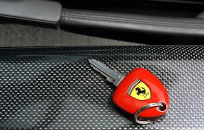 kunci-Ferrari.jpg