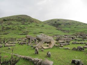 آرامگاه های باستانی - قبل از تنگ تورک