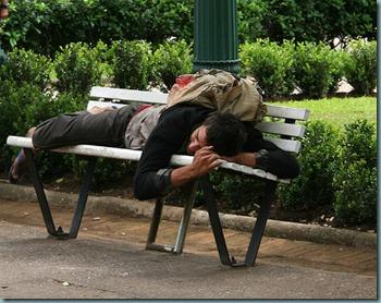 dormindo na praça