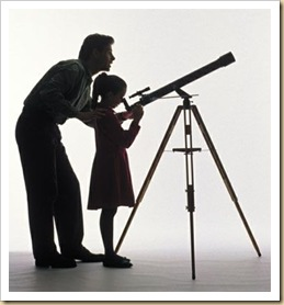 telescope_father_daughter-759474