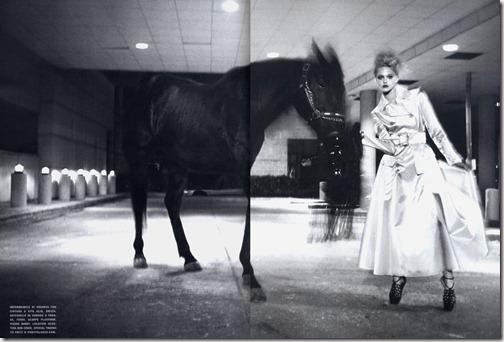 Vogue Italia March 20076d15b511319933f75d5df090ad981f09