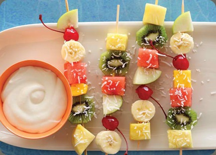 Fruit-Salad-Skewers