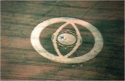 04 cropcircles