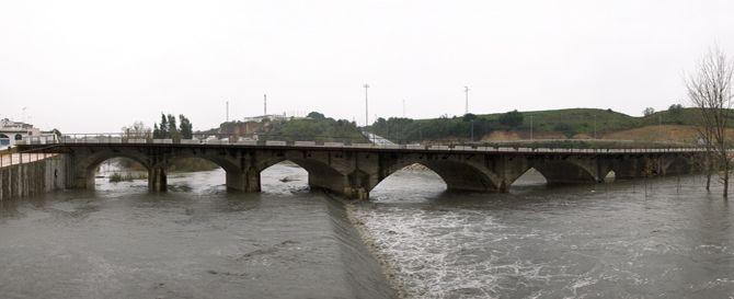 Puente sobre el Guadalete. Arcos