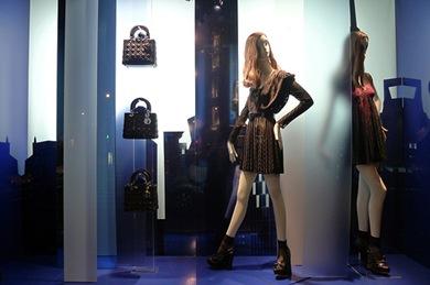 Vitrines de Paris em junho 2010 - Dior 4