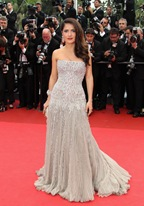Salma Hayek est à Cannes pour Le Chat potté, avec Antonio Banderas. WireImage