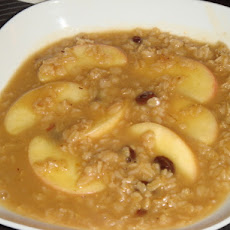 Apple Cinnamon Oatmeal Porridge