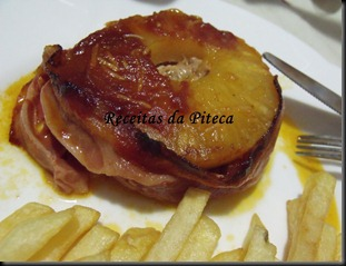 Lombo assado com ananás e bacon