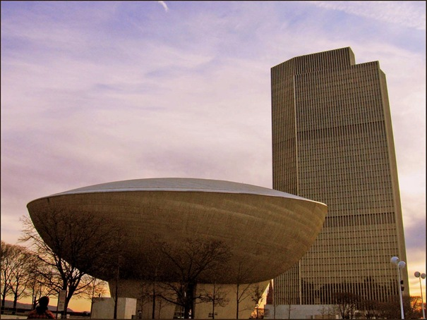 The Egg (Empire State Plaza, Albany, Nueva York, Estados Unidos)