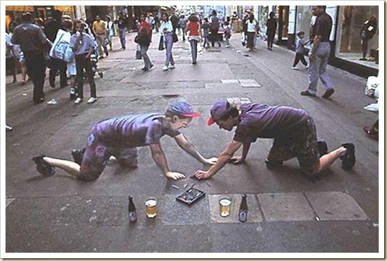 Clin d'oeil sur des Trompe l'oeil 01-amazing-3d-sidewalk-art-face-himself