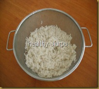 rinsed poha in colander
