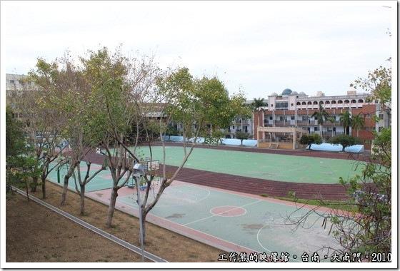 Tainan-South-Door15