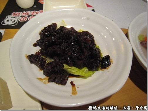 上海斗香園,麻醬油髮菜RMB8,我對這道菜沒什麼印象,好像就是鹹鹹的髮菜。