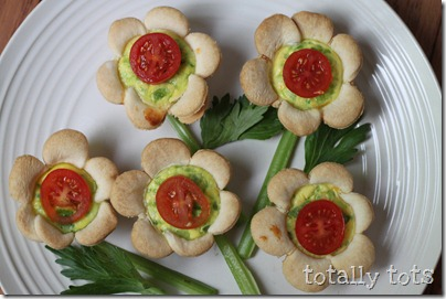 mini flower quiches