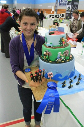Triathlon Cake: Awards4
