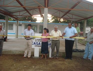 DSC06059...AAM inaugura obras por 702 mil pesos