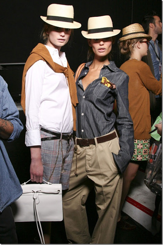 DSQUARED2-SPRING-RTW-2011-BACKSTAGE-026_runway