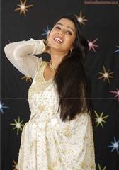 tollywood-actress-charmi-in-designer-white  saree_actressinsareephotos_blogspot_com_25