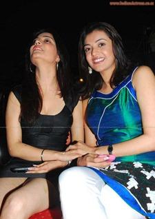 Nisha-Agarwal-sexy-leg-show-indianactress-wallpapers.blogspot.com  (3)