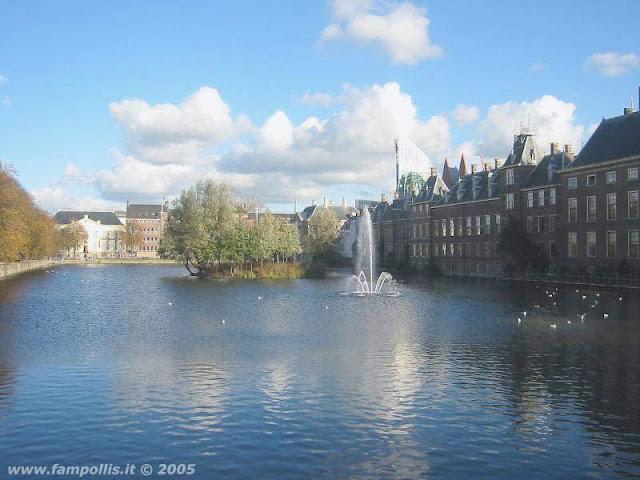 Den Haag (L'Aja), la Fontana