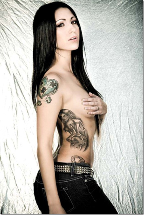 Sexy-Rib-Tattoo-Designs-3