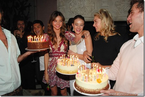 Rosie Huntington-Whiteley Candids 20th Birthday Party (11)