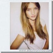 Rosie Huntington-Whiteley Polaroids (28)