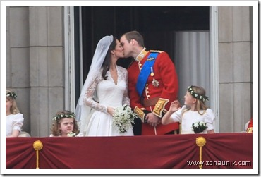 royal_wedding_balcony_8_wenn3315985-490x324