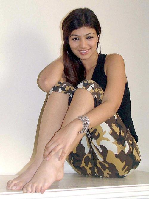 Tees Maar Khan Salman Khan Ayesha Takia Hot Pics ...