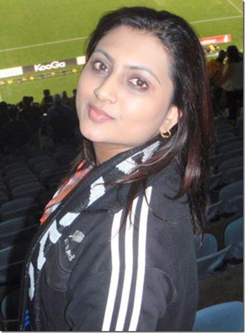 Pakistani Beautiful Girl Picture