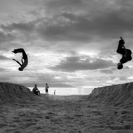 beach parkour by Arnaud rL - Sports & Fitness Other Sports ( beaches, parkour, mexico, pacific )
