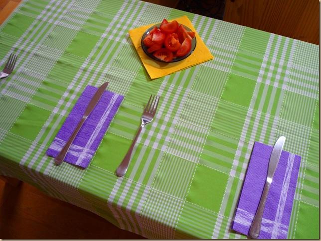 színes asztal