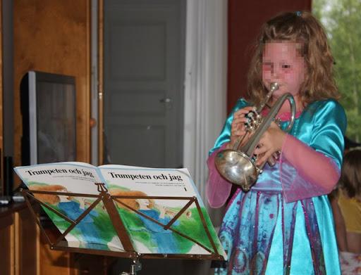 trumpetin%20soittoa.jpg