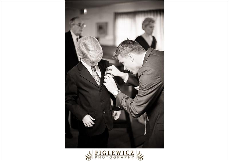 FiglewiczPhotography-AnneandPete-CrownPlaza-0024.jpg