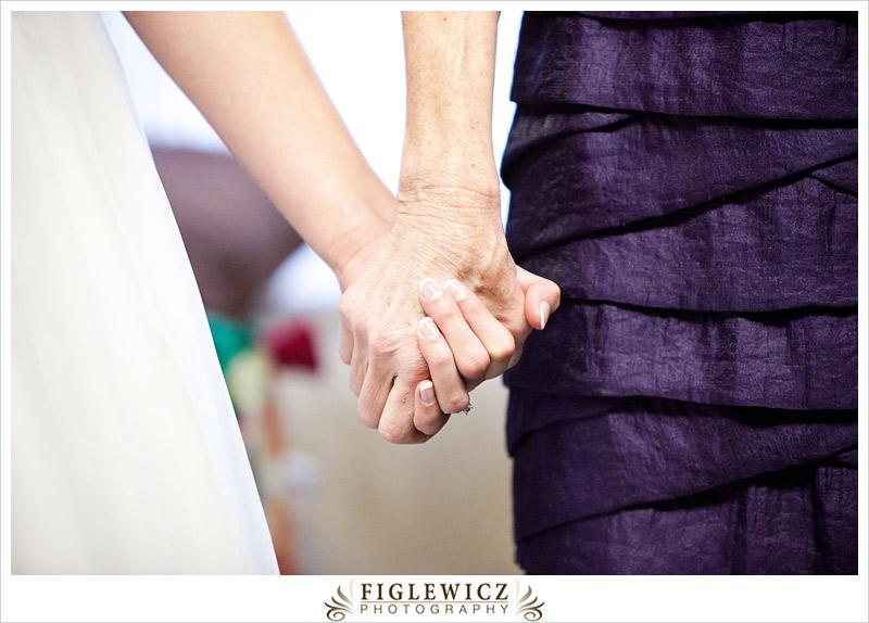 FiglewiczPhotography-AnneandPete-CrownPlaza-0031.jpg