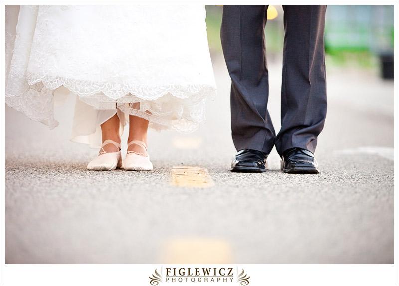FiglewiczPhotography-AnneandPete-CrownPlaza-0070.jpg