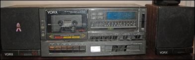 ClockRadio-01