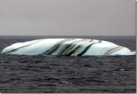 Striped Icebergs - Amazing Nature Photos (3)
