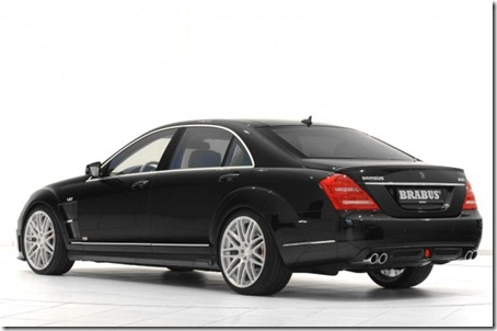 Brabus-800-iBusiness-2.0-Rear-Side-588x390