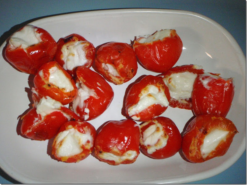 Goat Cheese Peppadews08112010_07