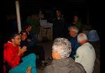 """Slide42.JPG - DEPOIS DE MUITO BARULHO, FOMOS EXPULSOS DA COZINHA DA MULHER DO SEU MANECO, E INVADIMOS A COZINHA DO CAMPING QUE PARECIA UM GALINHEIRO, MAS ESTAVAMOS PROTEGIDO DA \""""ONÇA\"""" QUE UMA VEZ POR ANO VAI COMER OS PATOS DO SEU MANECO"""