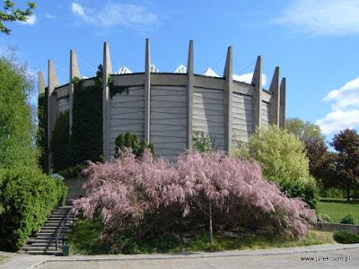 Rotunda we Wrocławiu. Miejsce obecnego wystawienia Panoramy Racławickiej.