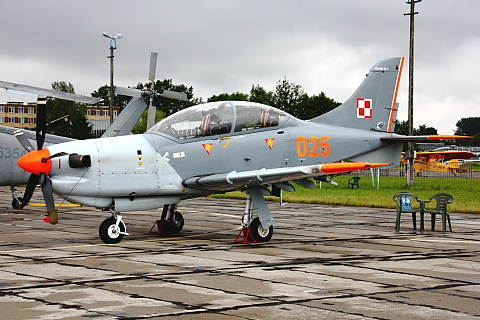 PZL-130 Orlik.