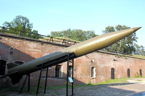 R-11 (SS-1b SCUD), taktyczny rakietowy pocisk balistyczny krótkiego zasięgu.