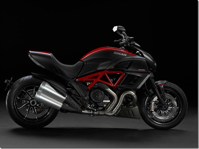 Ducati-Diavel-01_sized