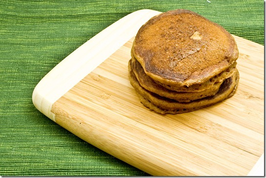 gingerbread pancakes-005