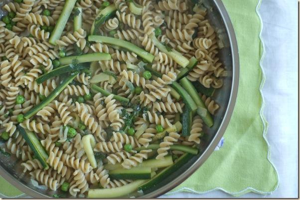 zucchini pea pasta