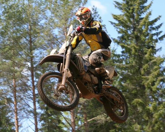 Lars training Husaberg 390